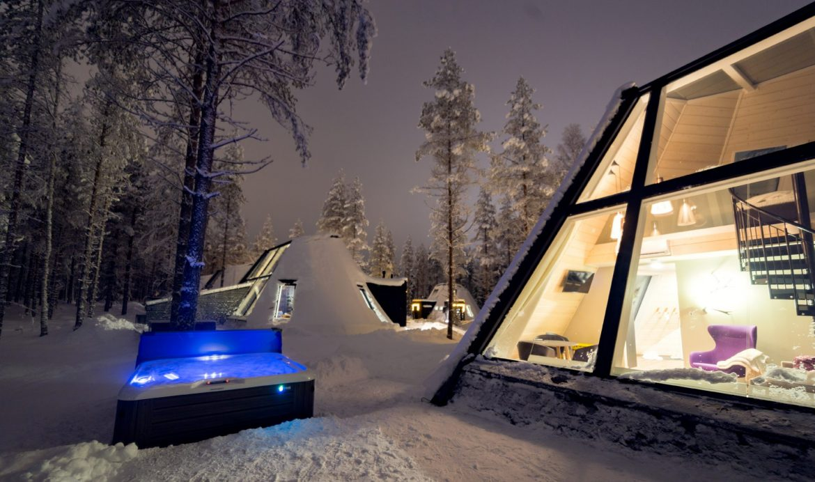 Villaggio Babbo Natale Rovaniemi.Glass Resort Snowman World Igloo Di Vetro Villaggio Di