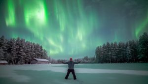 Northern lights safaris at the Arctic Circle area in Lapland